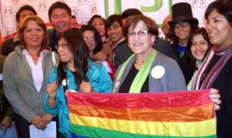 Alcaldesa de Lima a punto de firmar ordenanza para imponer ideología gay