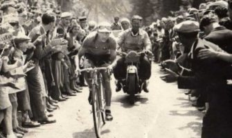 El «milagro» que en el Tour de Francia hizo Gino Bartali, el ciclista más devoto de la historia