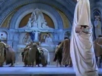 """""""Una mujer llamada María"""", fastuoso estreno en Lourdes ante 25.000 peregrinos"""