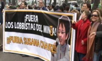 Pro-vidas exigen destitución de promotora del aborto en ministerio de salud en Perú