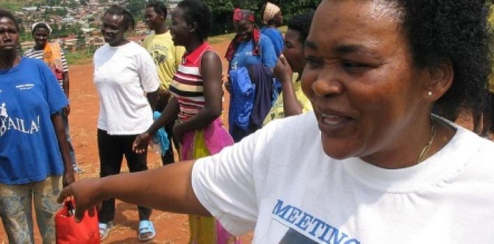 El milagro de Uganda: reducen el contagio del sida del 21 al 7% en 10 años… y sin preservativos