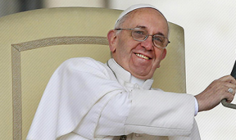 El Papa saluda a los obispos gallegos.. ¡y a su club de fútbol, el San Lorenzo de Almagro!