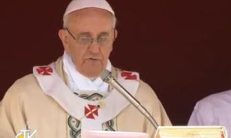 Regina Coeli: nuevos santos den una ayuda concreta En Italia la esperanza; en Colombia, la concordia; en México el fin de la violencia