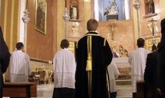 El sagrado silencio en la celebración litúrgica