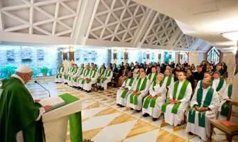"""Rezar a Dios con coraje, con insistencia hasta ser """"inoportunos"""", exhorta el Papa"""
