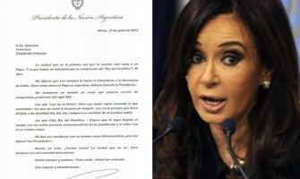 """Presidenta de Argentina hace noticia con """"peculiar"""" carta enviada al Papa"""