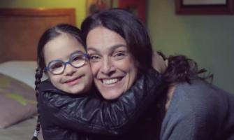 El Consejo Audiovisual francés critica este vídeo pro niños Down y provida por «finalidad ambigua»