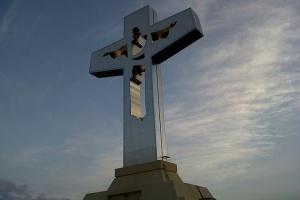 La fe del arquitecto que construyó la cruz más grande del mundo
