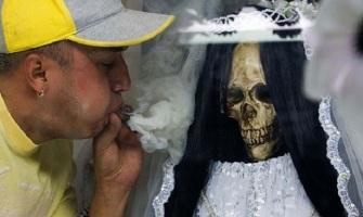 """Abandonen el culto a la """"Santa Muerte"""""""