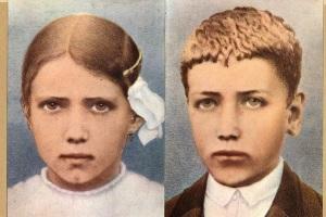 Hoy celebramos a … Los beatos Jacinta y Francisco Marto, pastorcitos de Fátima