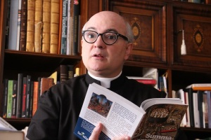 """""""Cada vez hay más exorcismos porque la sociedad ha dado la espalda al cristianismo"""""""