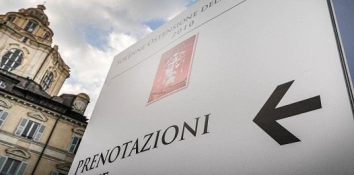 Mons. Ghiberti: después del Carbono 14, la gente viene en masa a la Ostensión
