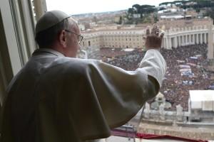 """El Papa Francisco enseña los tres """"verbos del Pastor"""": Ver, tener compasión y enseñar"""
