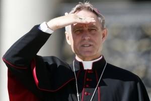 George Gänswein: 'Francisco es el Papa de los gestos y de la misericordia'