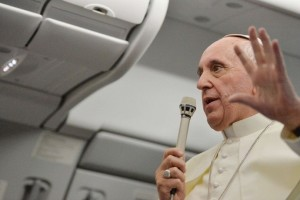 """El Papa sobre los procesos de nulidad: """"Los que piensan en el divorcio católico se equivocan"""""""