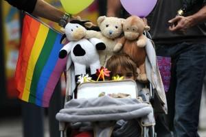 ¿Adopciones, paternidad de parejas del mismo sexo?