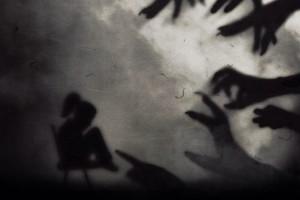 Sacerdote alerta sobre estas diez trampas mortales del demonio