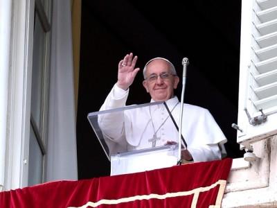 Papa Francisco: «No se trata solo de hacer asistencia social sino de ofrecer la fuerza del Evangelio»