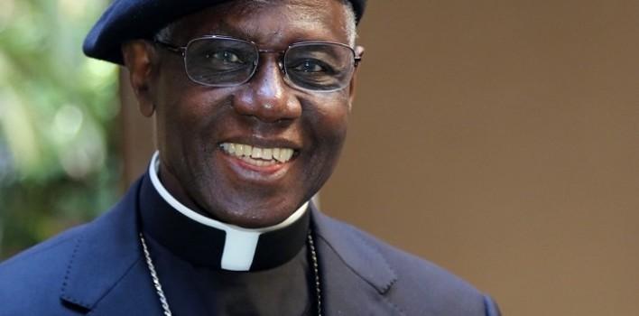 Cardenal Sarah: «Nada en la liturgia debe romper la atmósfera silenciosa, es su ambiente natural»