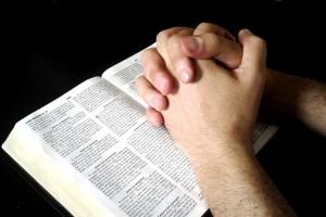 5 consejos prácticos para una buena oración con la Biblia