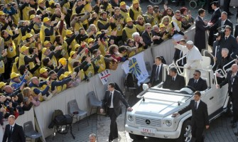 Papa Francisco: Firmes en la esperanza, estemos seguros de que Dios lleva nuestras vidas