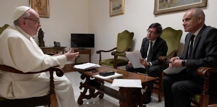 """""""La novedad del Evangelio crea estupor porque es esencialmente escandalosa"""" Papa Francisco"""