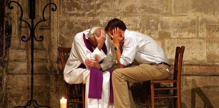 ¿Por qué los sacerdotes (y los diáconos) usan estola?