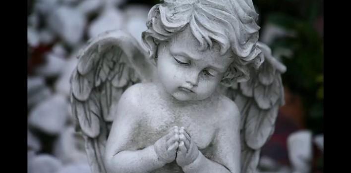 """¿Los niños que mueren """"se convierten en angelitos""""?"""