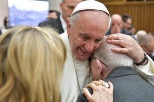 Papa Francisco: Enfermeros, la ternura clave para entender y curar a los enfermos