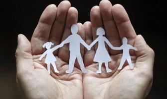 Gobiernos y tribunales van dando pasos para convertir ser padres en una terrible pesadilla orwelliana