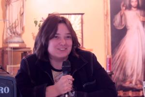 Una mujer relata su liberación tras haber sido poseída por varios demonios