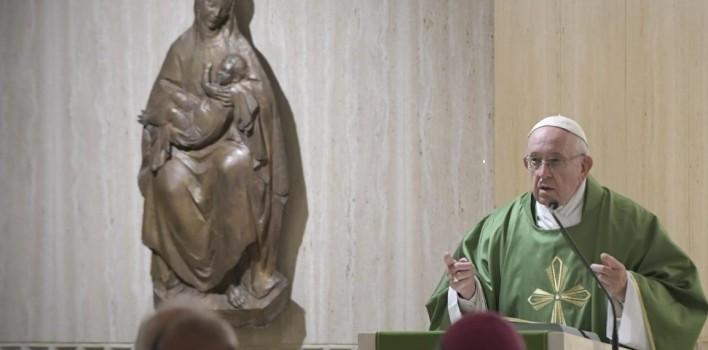 """Papa: atención a los """"demonios educados"""", conducen al espíritu de la mundanidad"""