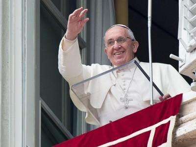 """Ángelus: """"Jesús nos muestra la gloria que nos espera"""""""